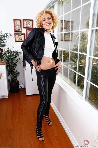 ATK porn Heidi Jenner