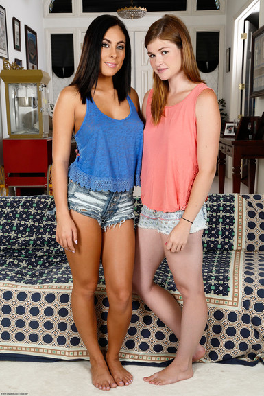 ATK porn Lara Brookes and Gianna Nicole